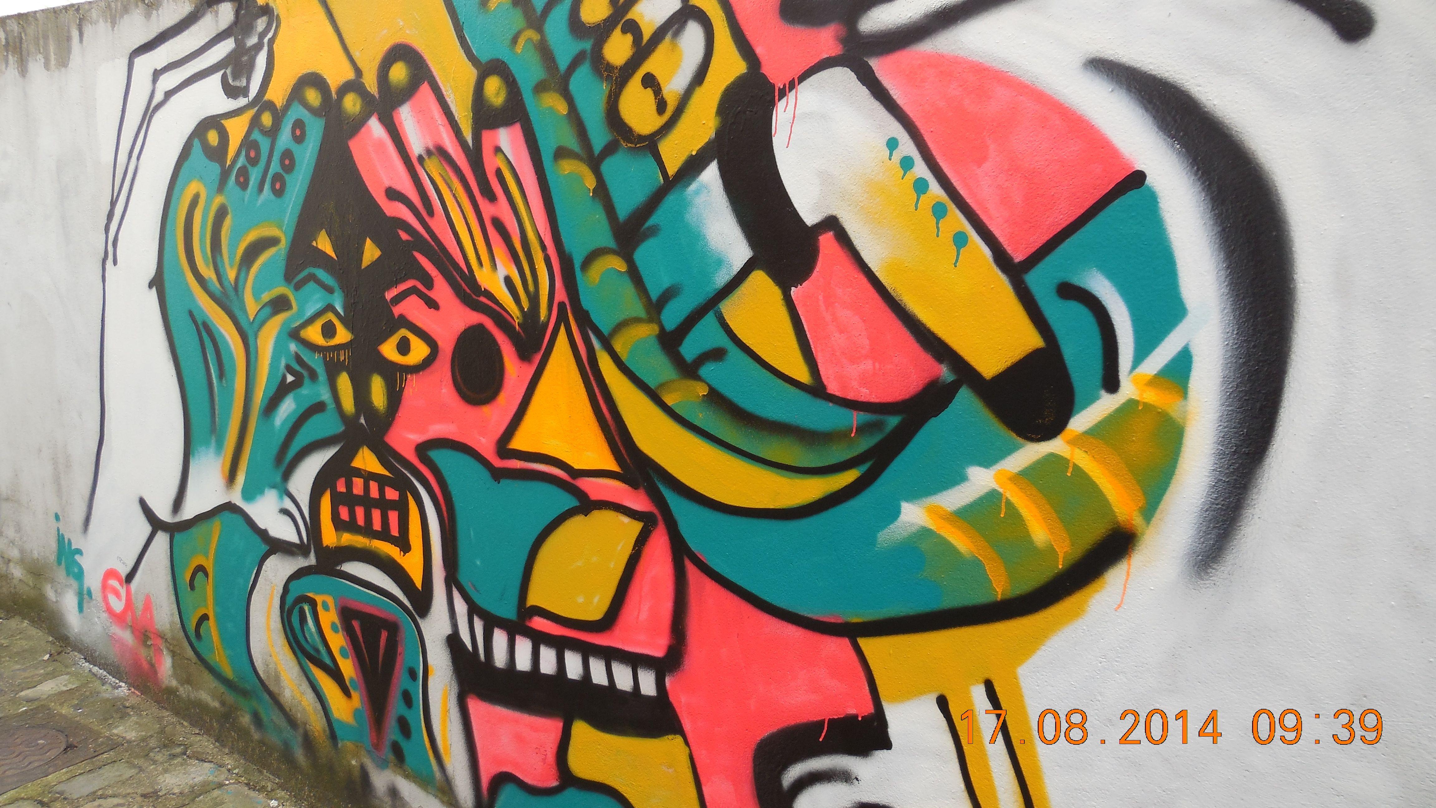 Graffiti Mural, 17 Août 2014. Passage Du Mail, Savigny Sur Orge (Essonne) ©  Photo Mieux Aborder Lu0027Avenir / CAD / BM 2014. Peinture ...